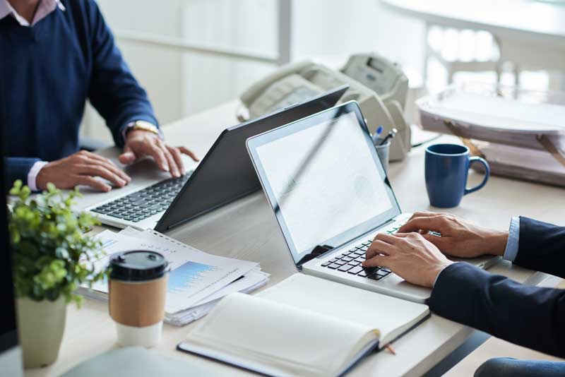 מהי הרעת תנאים מוחשית בעבודה?